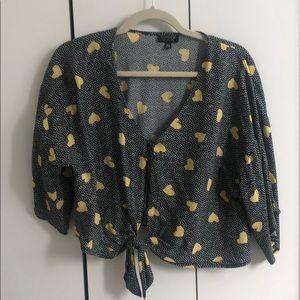 Top Shop heart patterned crop tie tee! Size 4
